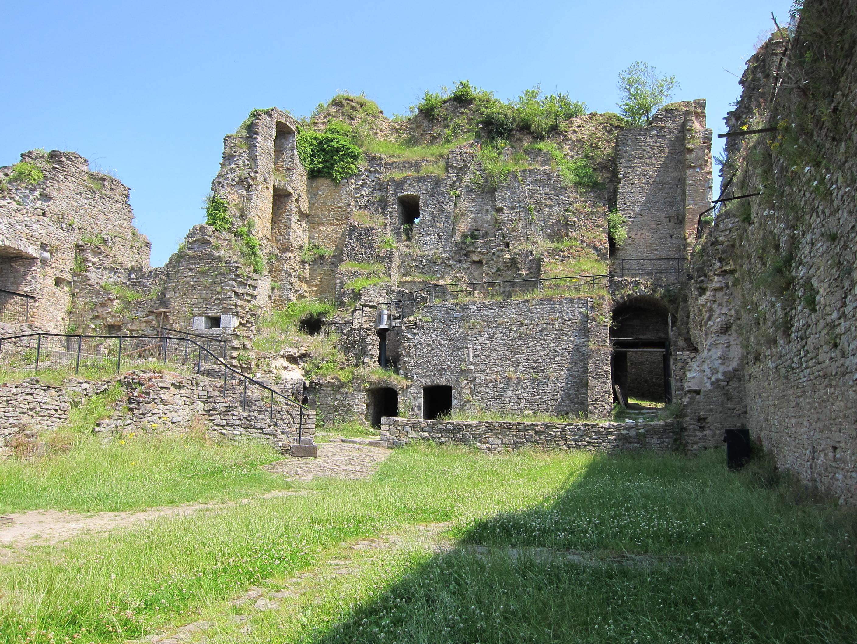bourscheid men Det er kanskje ikke mange velkjente severdigheter i bourscheid, men du behøver ikke å reise langt for å finne populære steder som vianden-slottet.
